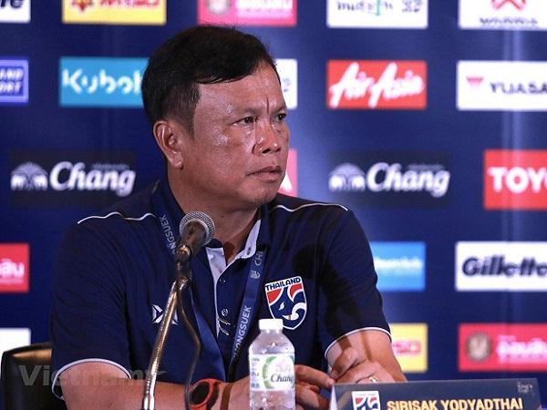 HLV Thái Lan vẫn không chấp nhận tuyển Việt Nam đội bóng số 1 Đông Nam Á