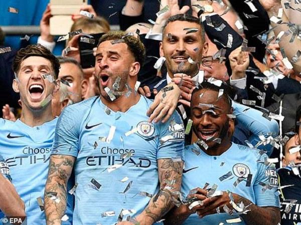 """Man City """"phản đòn"""" UEFA, vẫn có thể bị cấm dự Champions League"""