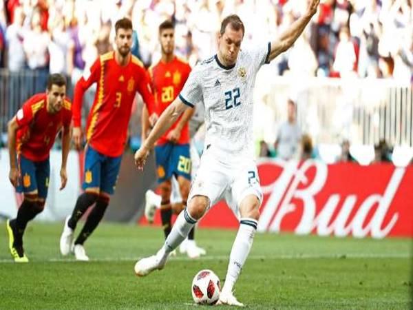 HLV Jose Mourinho đang rất muốn tìm phương án dự phòng cho Kane