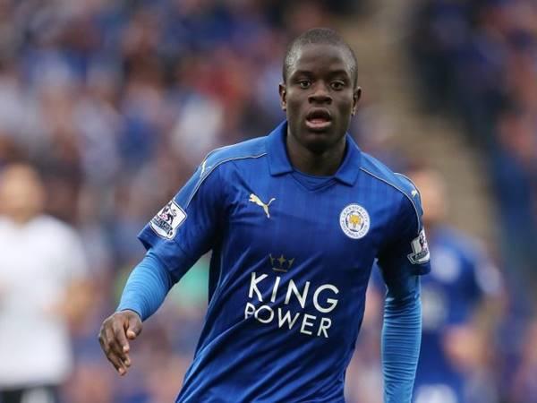 N'Golo Kante trong màu áo của CLB Leicester City