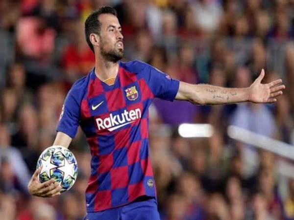 Sergio Busquets – Bức tường thành ở khu trung tuyến của Barca